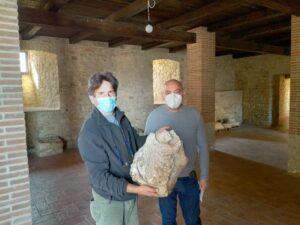 da sinistra: Pasquale Luciani Medico Veterinario, attivo nella valorizzazione del Castello e Ciro Esposito noto Imprenditore Campano